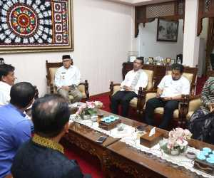 Plt Gubernur Dukung Program Bank Internasional di Aceh