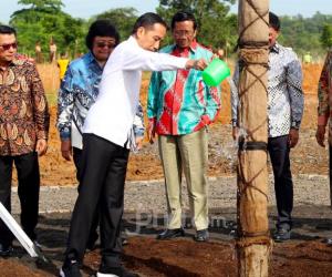 Jokowi: wartawan Bikin Dirinya Gugup & Gagap