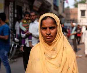 India: Rumah-rumah umat Muslim 'disasar dan dibakar' dalam kerusuhan Delhi