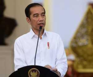 Tetap Tak Mau Lockdown, Jokowi: Kita Tak Bisa Tiru Negara Lain