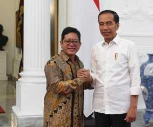 "The Jokowi Center Minta Copot Menteri yang ""Tidur & Ngawur"""
