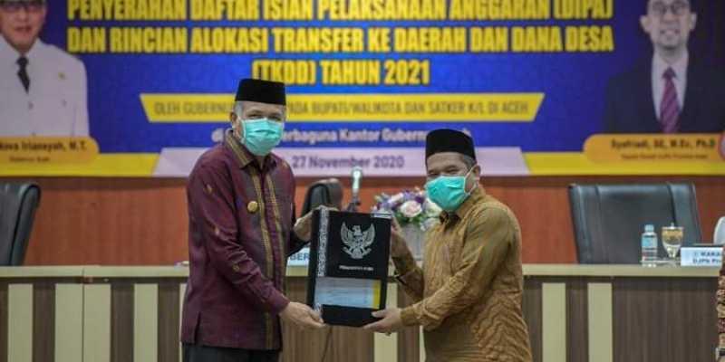Bupati Bener Meriah Terima Secara Langsung DIPA Dan TKDD Tahun Anggaran 2021 Dari Gubernur Provinsi Aceh