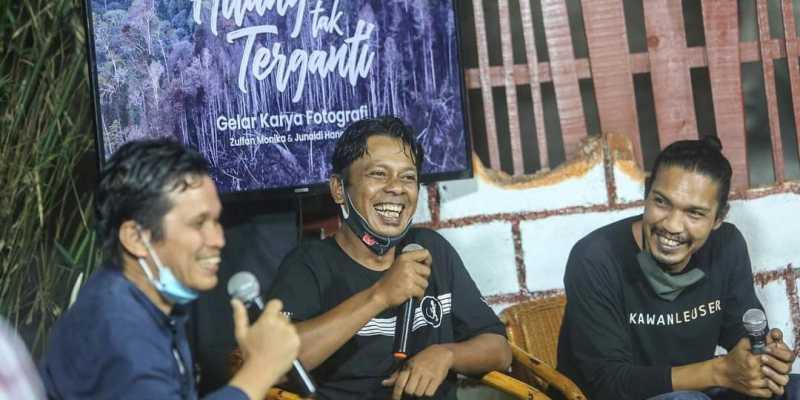 """""""Hilang Tak Terganti"""" Menelisik Sisi Buruk dan Baik Hutan Aceh Lewat Kamera 2 Fotografer"""