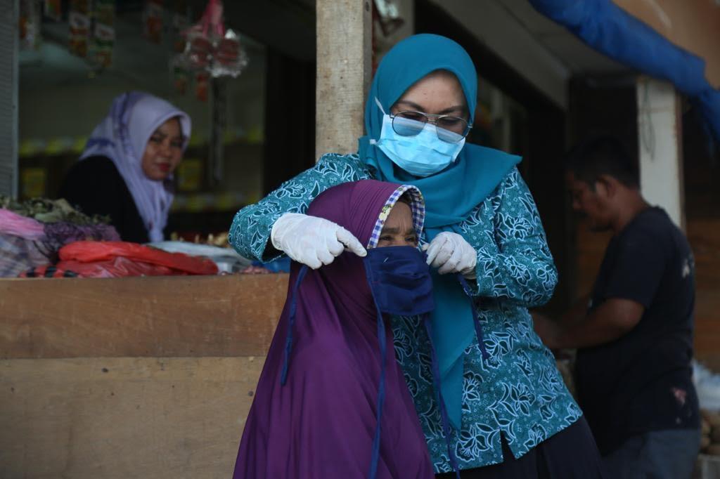 Istri Plt Gubernur Aceh Sosialisasikan Covid-19 di Panti Asuhan