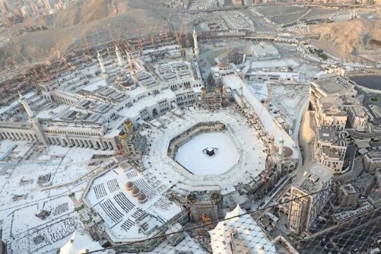 Arab Saudi Menutup Penuh Mekkah dan Madinah, Akibat Corona Bertambah,