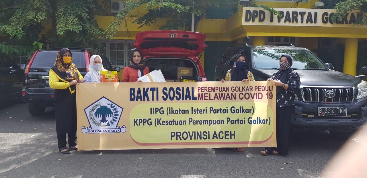 Ikatan Istri Partai Golkar dan KPPG Laksanakan Bakti Sosial