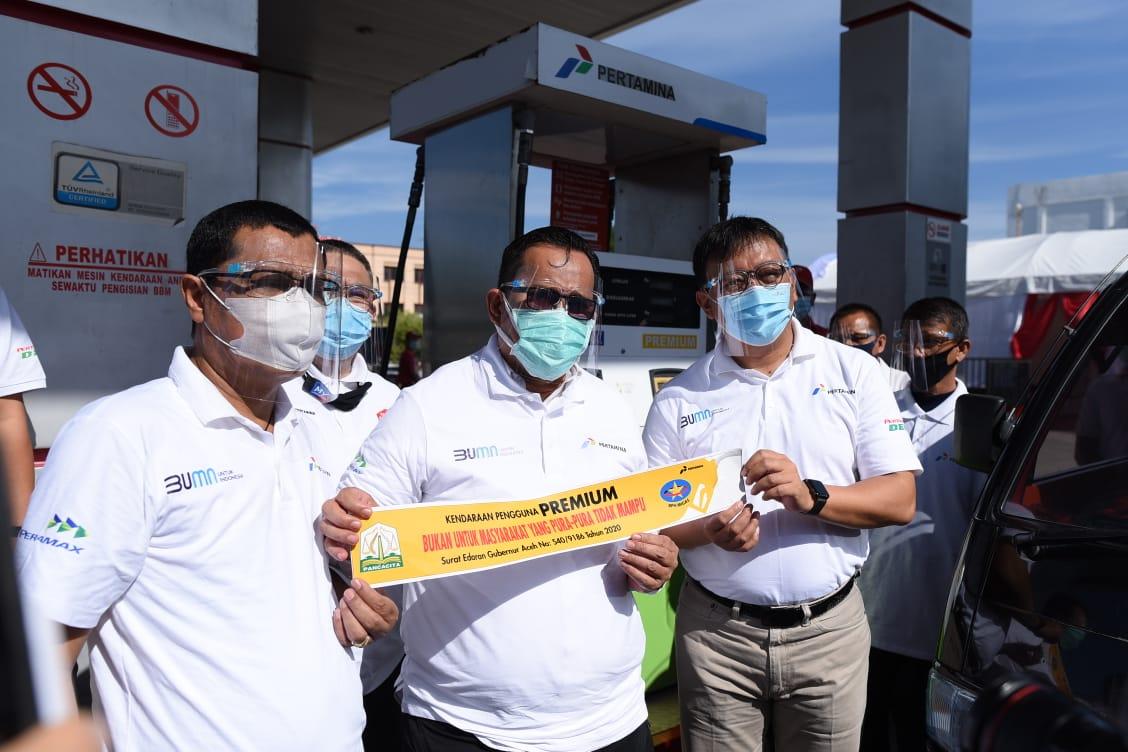 Pemerintah Aceh Tempel Stiker Untuk Konsumsi BBM Tepat Sasaran